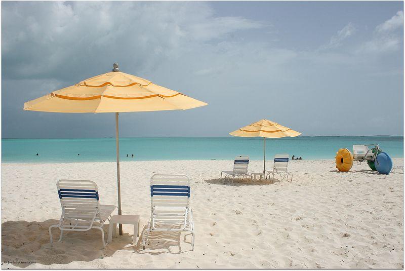 Bahamas Beach © Joyfully Green