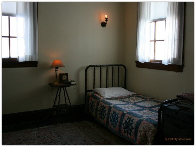 Hildene Servants Bedroom © Joyfully Green LLC
