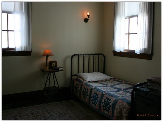 Hildene Servants Bedroom © Joyfully Green LLC