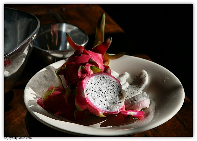 Dragon Fruit Sliced IMG_7440 © Joyfully Green LLC